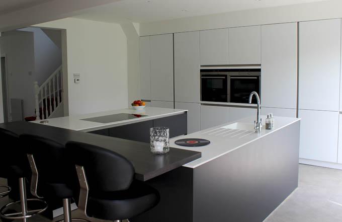Schuller Biella Lava Black and Biella White Gloss Customer Kitchen
