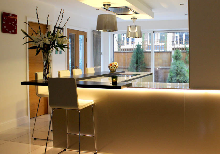 Champagne high gloss handle-less kitchen in Formby Liverpool 1