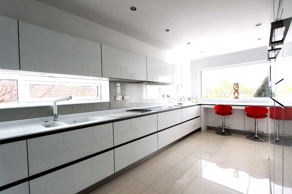 Next125 White Gloss Glassline Handle-less German Kitchen in Heswall, Wirral