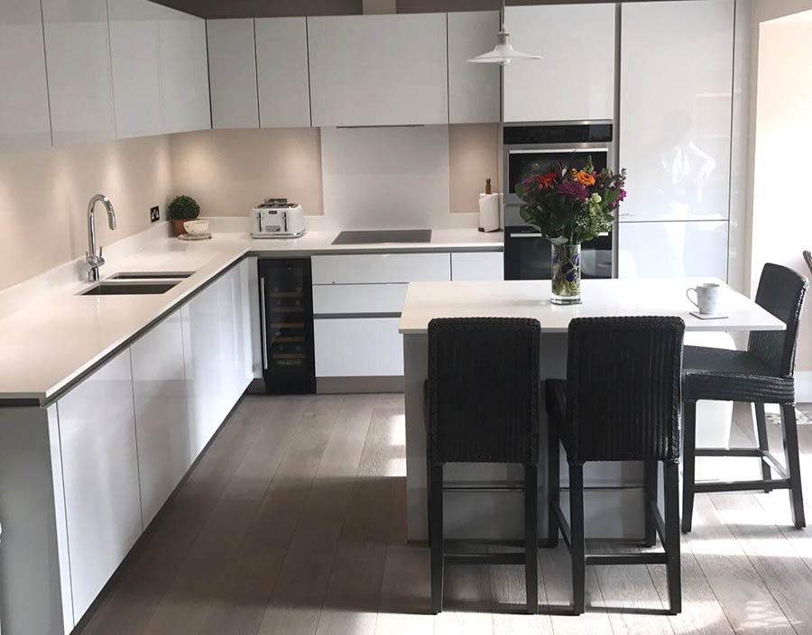 Next 125 in NX501 Crystal Grey High Gloss German kitchen