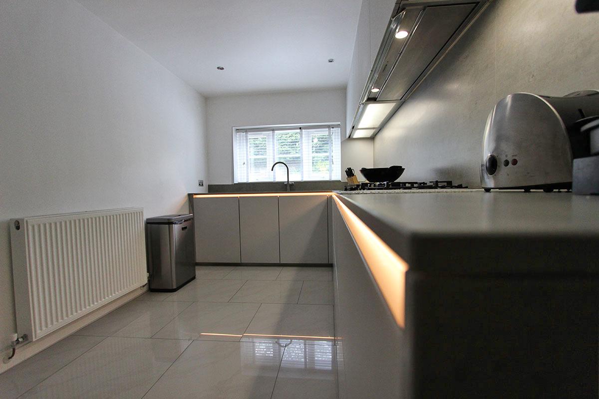 Schuller kitchen with Concrete Ceramic