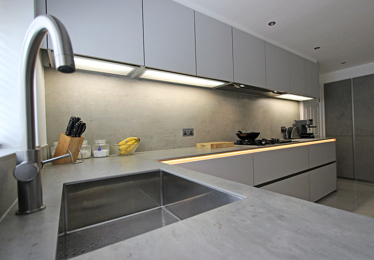 Concrete Ceramic Finish and Gas Hob
