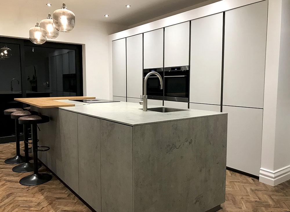 Schuller Glass Matt Crystal Grey & Ceramic Kitchen - German