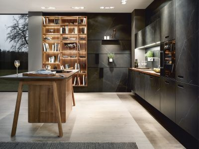 NX 960 Ceramic marble nero effect with Natural walnut
