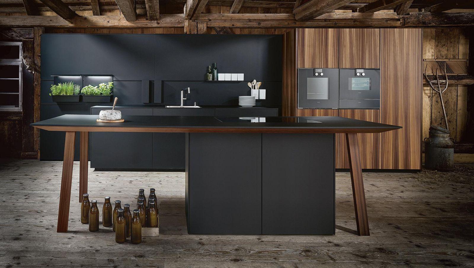 Next125 Fenix Onyx Black Fine Matt kitchen